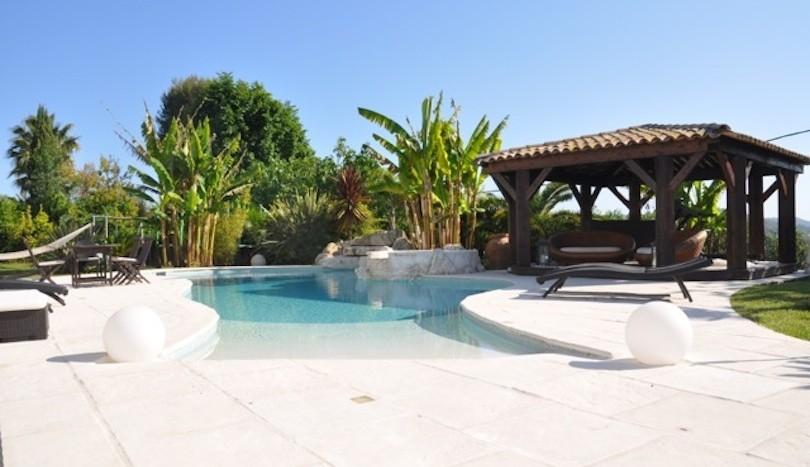 02 luxury holiday home la colle sur loup view pool