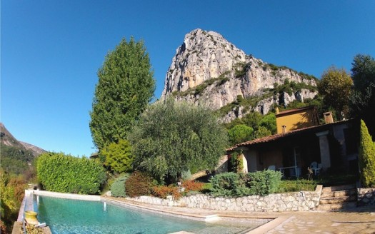 11Beautiful rustic villa private pool breathtaking views St Jeannet house