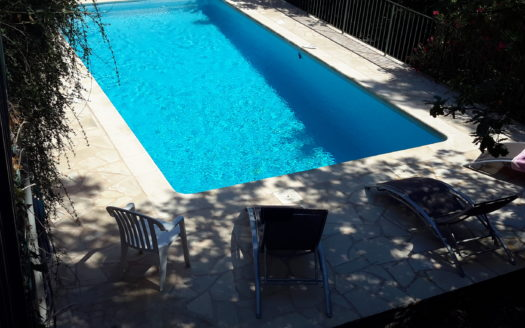 02Lovely 3 bedroom ground floor apartment in Vence